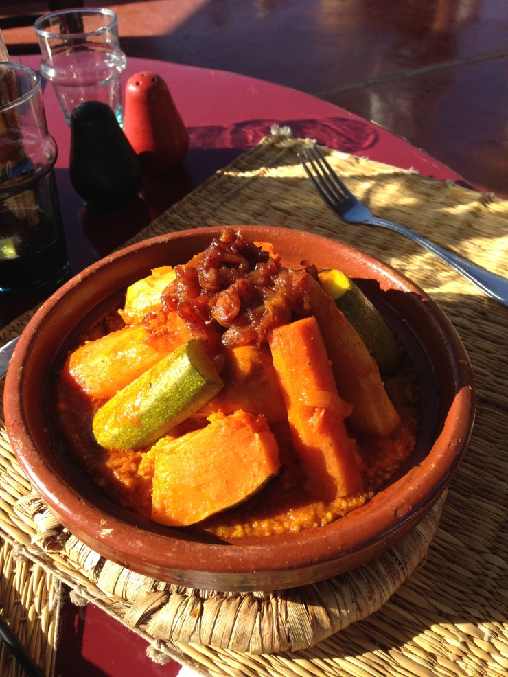 couscous con verdure e carne - cucina tradizionale marocchina