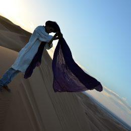 Gandora e turbante per vivere nel deserto
